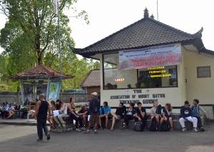 pos star dan finis mendaki gunung Batur